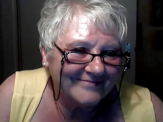 hot granny 68y from Nederland