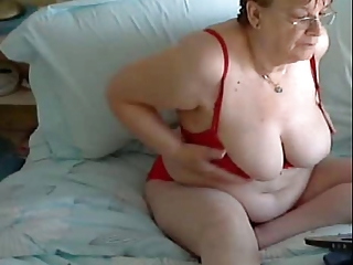 55 yo Mum, Joyce from Midlands UK Gets horrny on Webcam