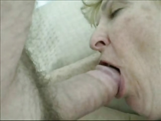 Grannie Blonde fuck in Amateur video